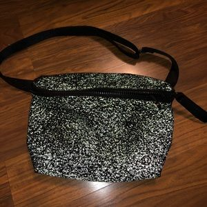 Lululemon reflective belt bag